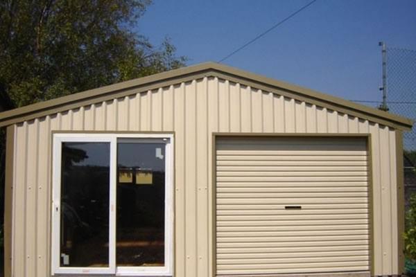 Double Garage/Office